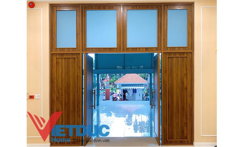 cánh cửa gỗ công nghiệp chất lượng, bền bỉ